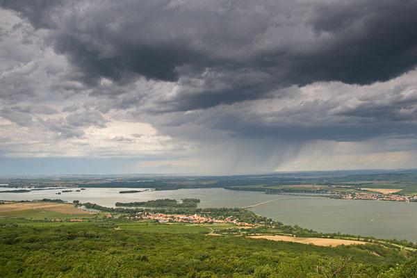 Novomlýnské dams and storm